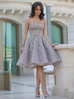 A-line/Princess Strapless Tulle Sleeveless Knee-Length Homecoming Dresses