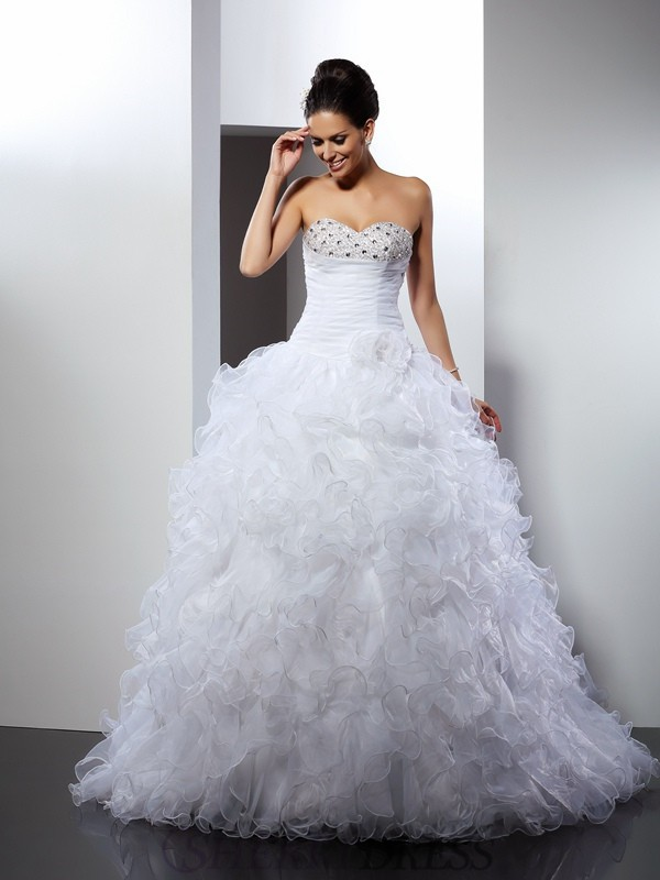 Ball Gown Sweetheart Organza Sleeveless Cathedral Train Wedding Dresses