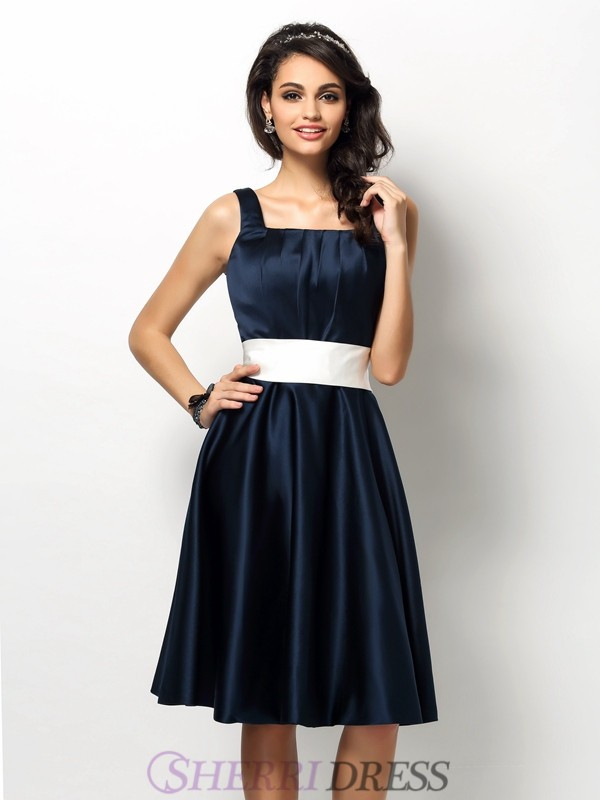 Sheath/Column Square Satin Sleeveless Knee-Length Bridesmaid Dresses