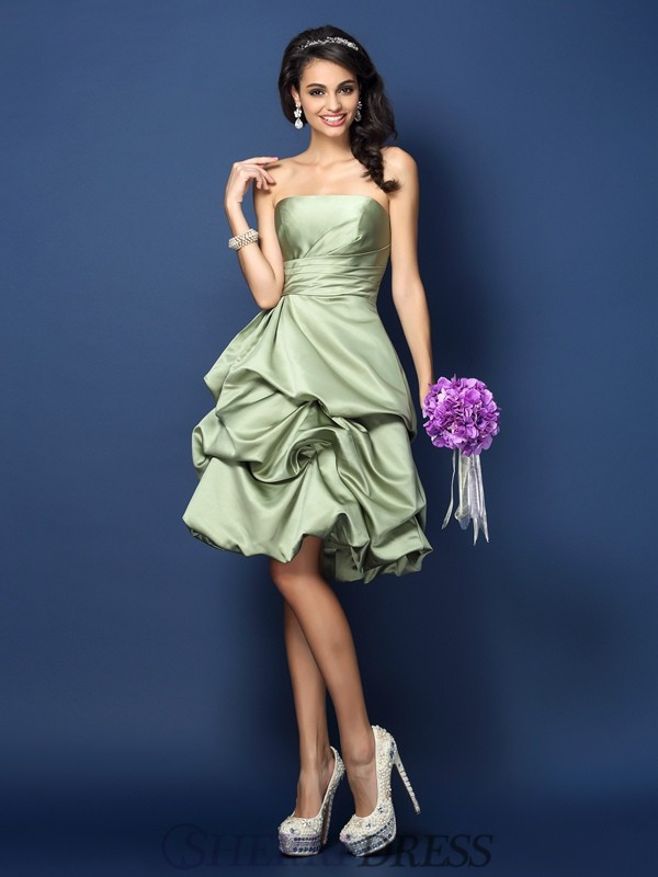 A-Line/Princess Strapless Satin Sleeveless Knee-Length Bridesmaid Dresses