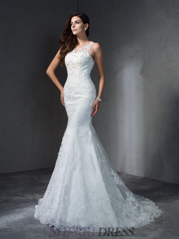 Trumpet/Mermaid Scoop Lace Sleeveless Court Train Wedding Dresses