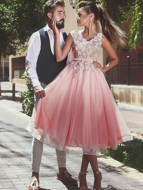 A-line/Princess V-neck Tulle Sleeveless Short/Mini Dresses