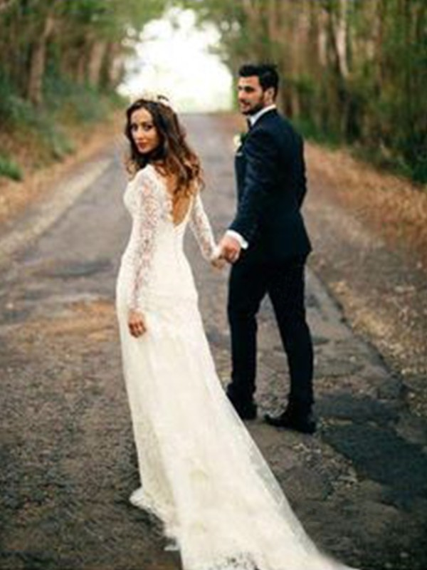 Sheath/Column V-neck Lace Long Sleeves Court Train Wedding Dresses