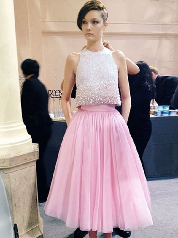A-Line/Princess Scoop Tulle Sleeveless Tea-Length Prom Dresses