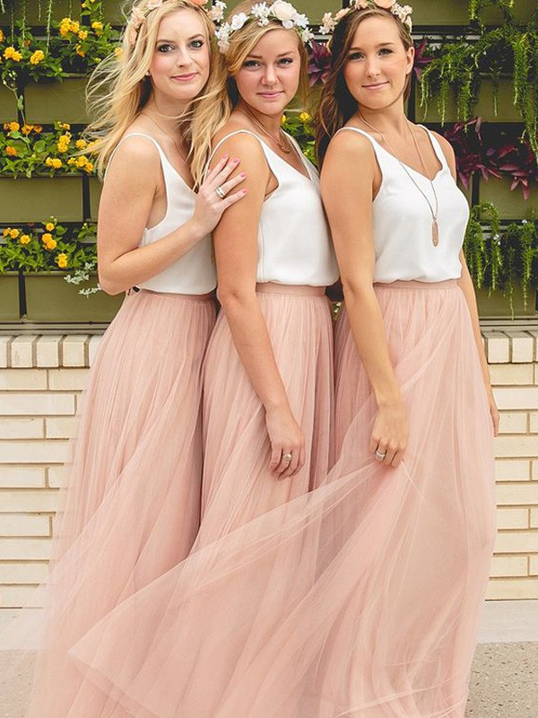 A-Line/Princess V-neck Tulle Sleeveless Floor-Length Bridesmaid Dresses