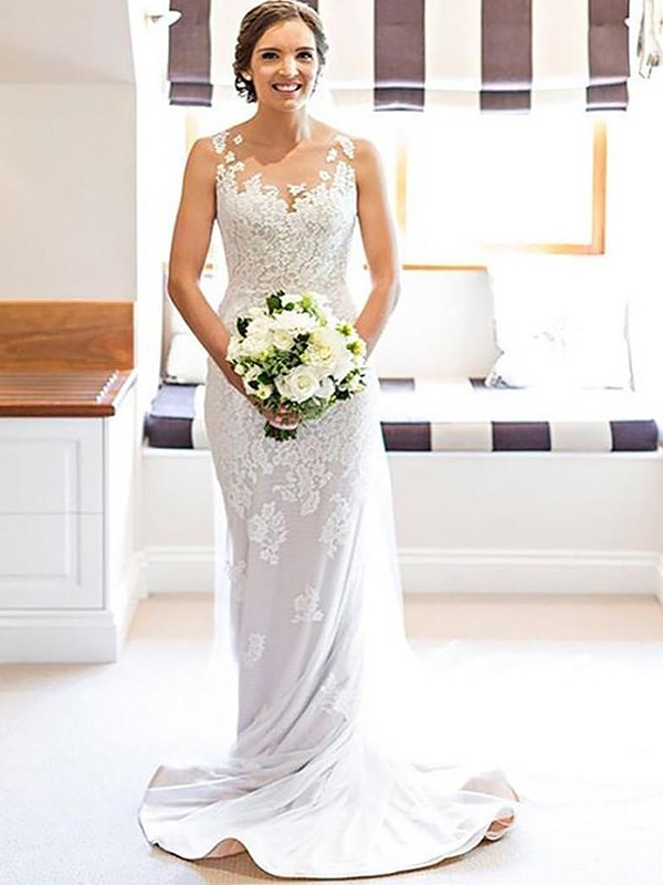 Sheath/Column Scoop Lace Sleeveless Court Train Wedding Dresses