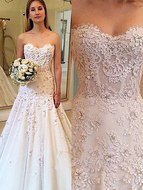 A-Line/Princess Sweetheart Lace Sleeveless Court Train Wedding Dresses